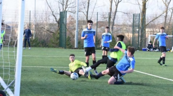 Hampton College Boys Hammer their way into an FA Cup Quarter-Final